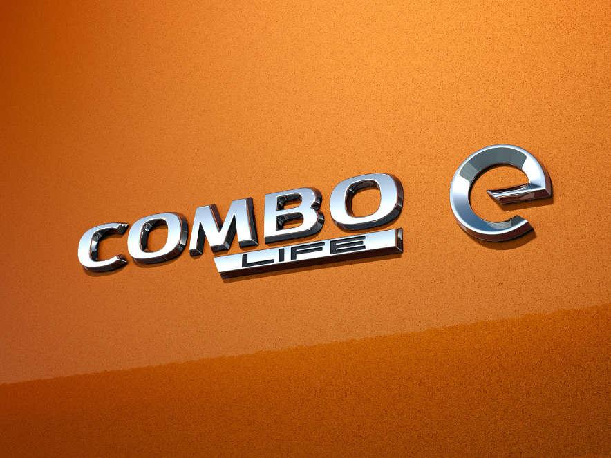 Opel Combo-e Life, емблема
